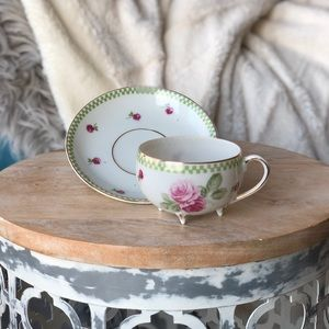 Adorable footed teacup & saucer set